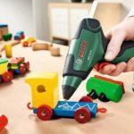 Bosch Pistolet à colle sans fil PKP 3,6 LI avec 4 bâtonnets de colle et chargeur micro-USB 0603264600 de la marque Bosch image 4 produit