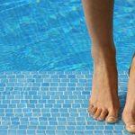 SikaCeram Piscine - Colle à carrelage extérieur spéciale piscine (classe C2-ET) - 25kg - gris de la marque SIKA FRANCE S.A.S image 3 produit